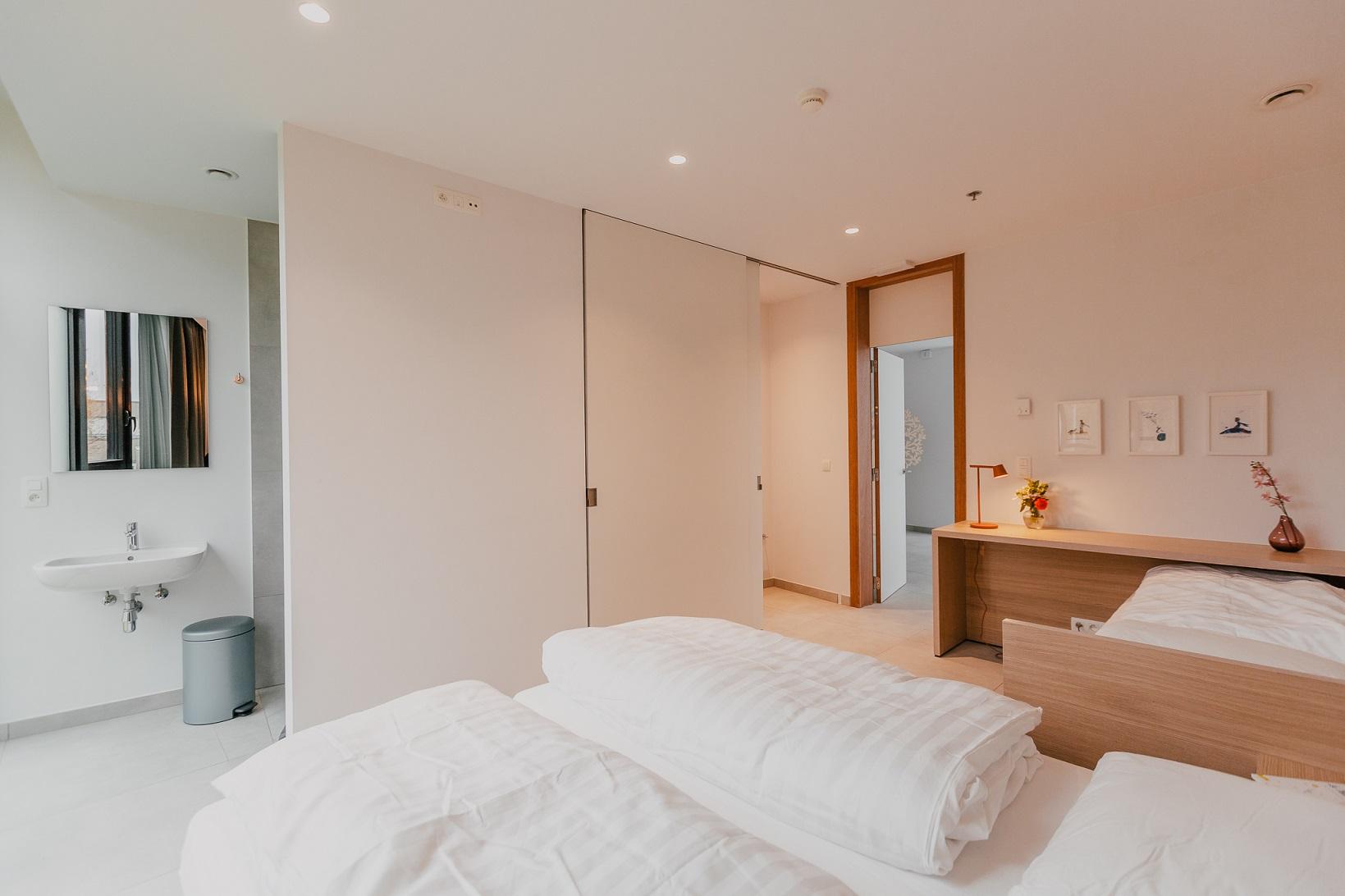 RonaldMcDonald-slaapkamer1.jpg